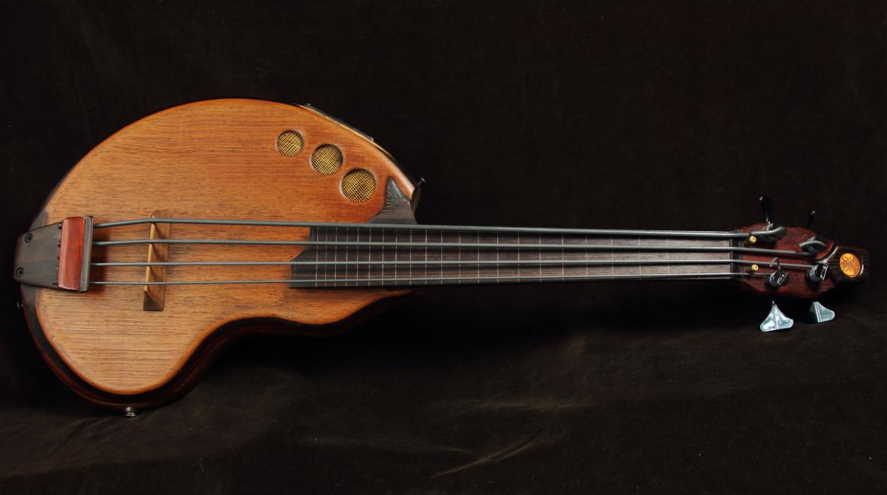 acoustic u-bass