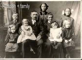 Rudolph fiebick und Familie.JPG