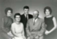 Lithun family 2.jpg