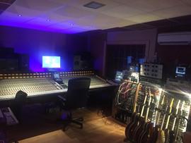 SALA LED / CONTROL ROOM