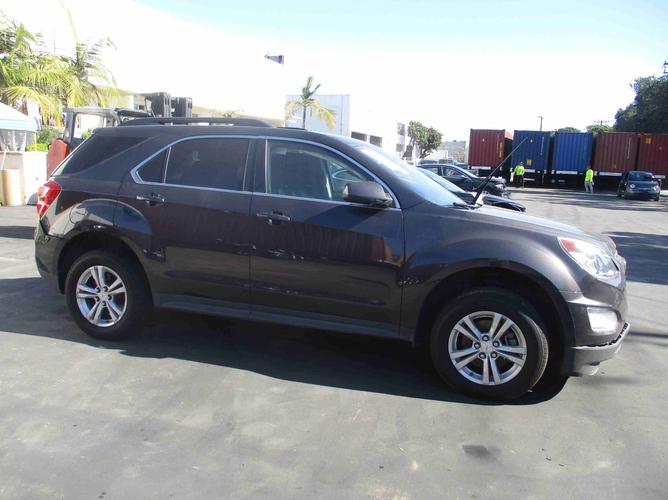 Chevrolet Equinox side