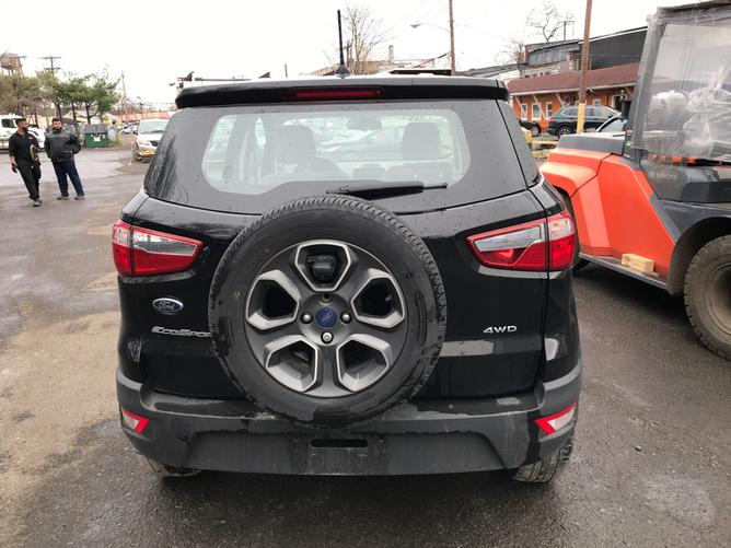 Ford EcoSport Black rear2
