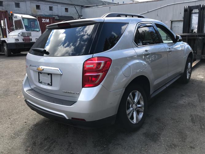 Chevrolet Equinox Silver Rear Right