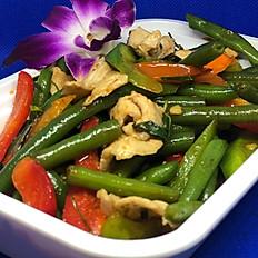 M9) PAD PRIK KHING (Green Beans)