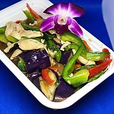 M6) PAD MAKAE YAO (Eggplant)