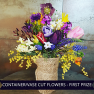 First Prize Container Vase Cut Flowers.p