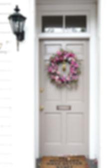 zuchinniblossom_riverrock_bee_wreath(10o