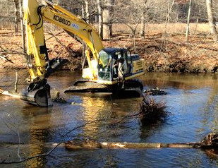 Pomperaug River Benefits from Recently Completed In-Stream Habitat Restoration Project