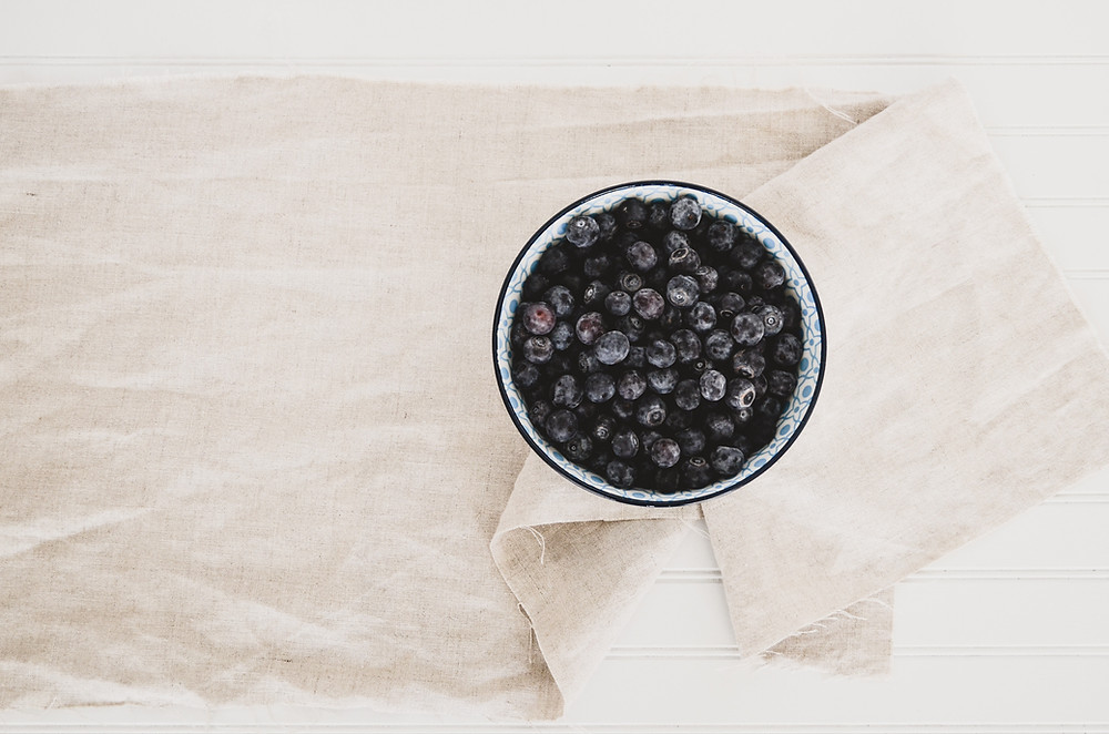 self-care for busy people, busy people, busy moms, self-care, juliegtheyogi, wellness, well-being, busy mom, nutrition, healthy eating, eating well, fruits, blueberries, blueberry, organic, berries