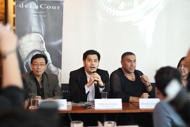 deLaCour Press-Conference