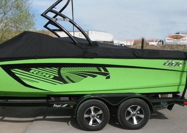 fiberglass-boat4.jpg