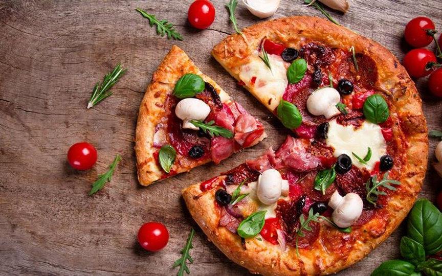 giro-pizza-7_00-al-ristorante-e-croin_30