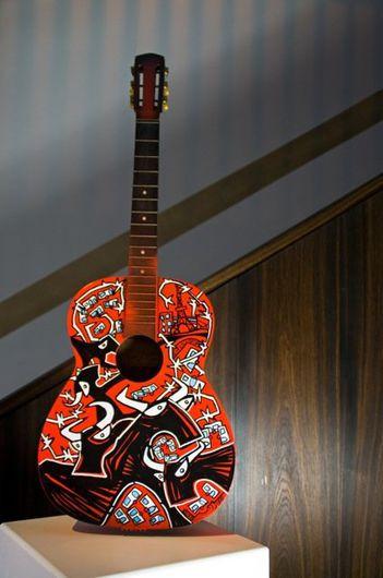 Red guitare