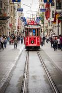 istanbul_tram-3420867_1280.jpg