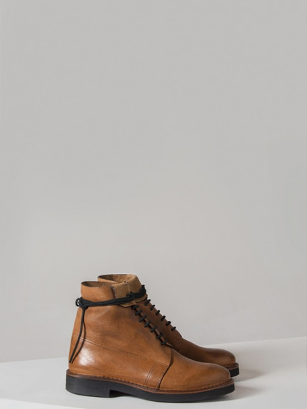 pretziada-boot-natural-brown-side.jpg