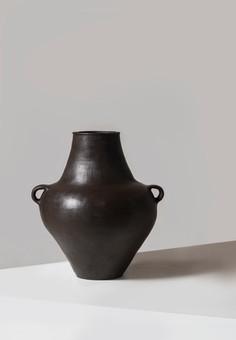Anfora Vase