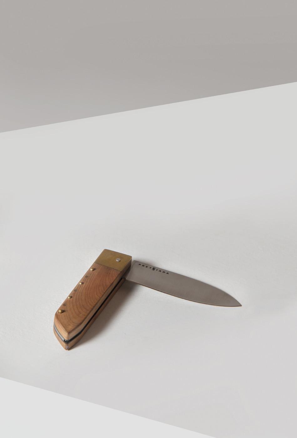 PretziadaKnife-half-open.jpg