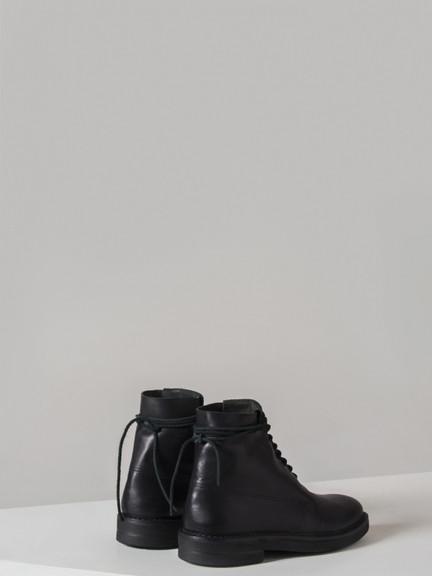 pretziada-boot-back.jpg