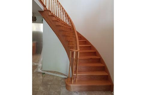 Pie shape stair - resize.jpg