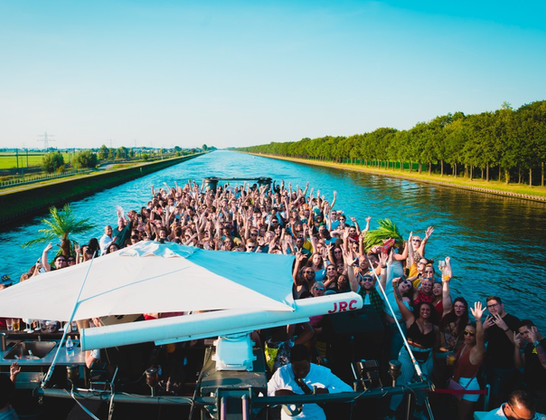 PIÑA Boat Party