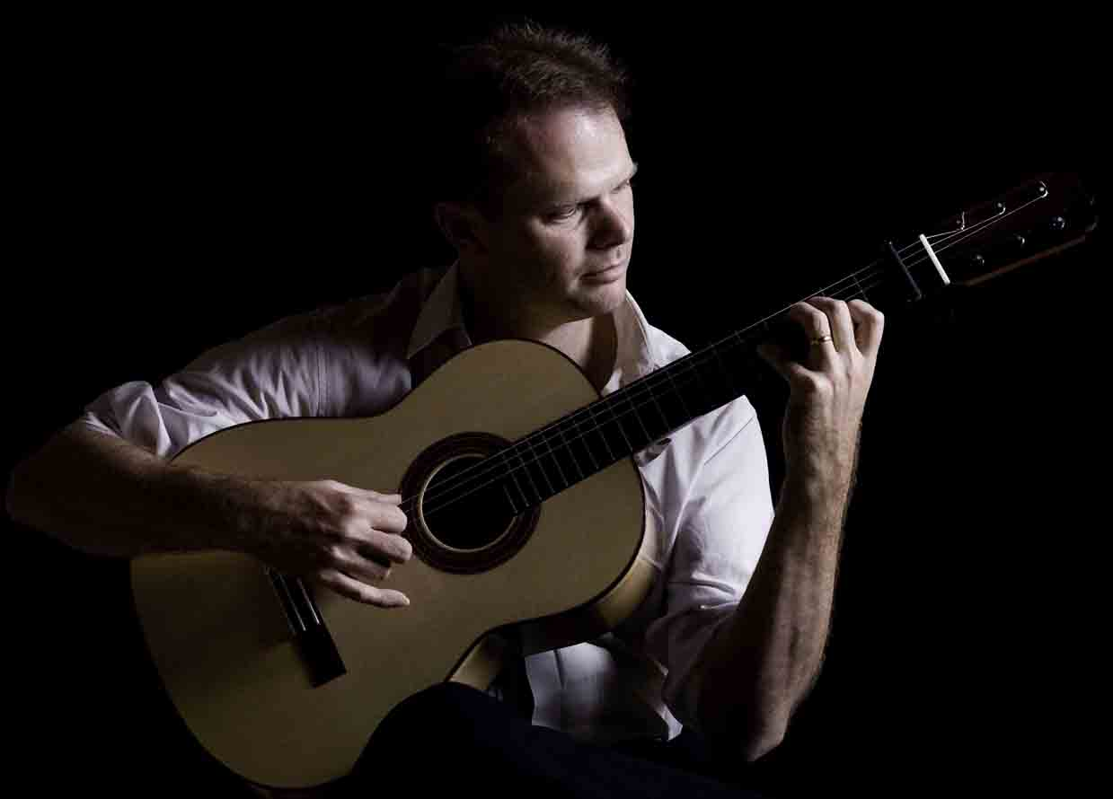 Flamenco Guitarist Jon Pickard