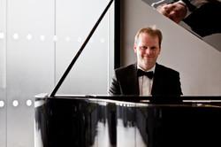 Jon Pickard professional pianist