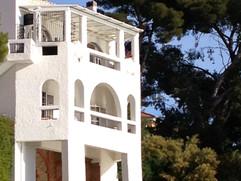 Vue de la maison de côté depuis la plage de Renécros