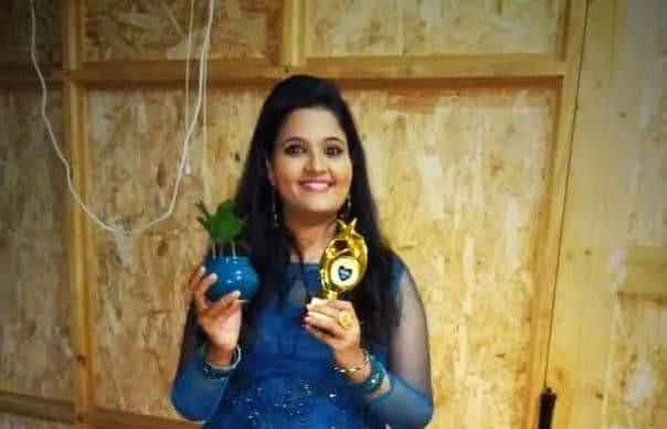 Smule Star DR Anusha