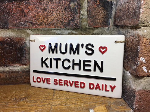 MUMS KITCHEN- Love served daily