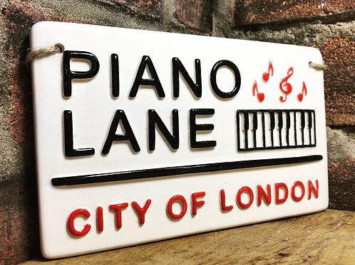 PIANO LANE-City of London