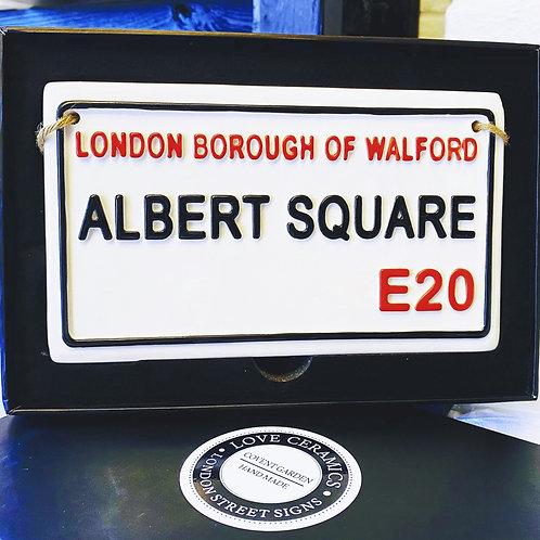 ALBERT SQUARE- Walford