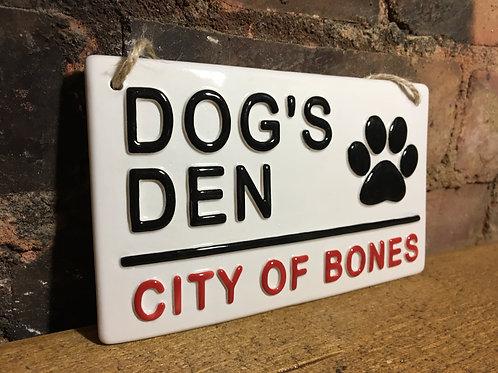 DOGS DEN