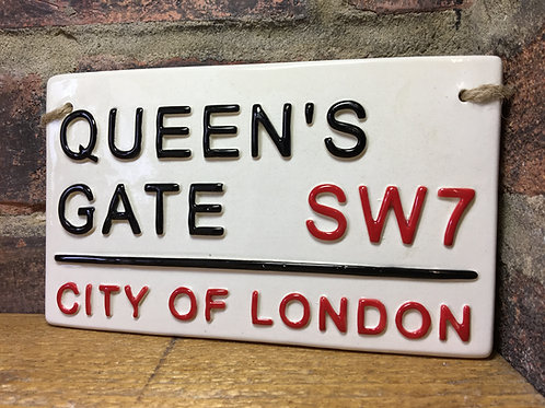 QUEENS GATE-City of London