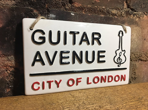 GUITAR AVENUE-City of London