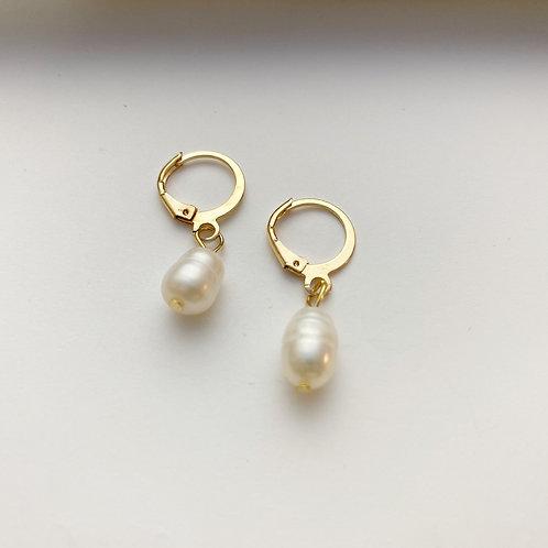 Genuine Pearl Drop Huggies