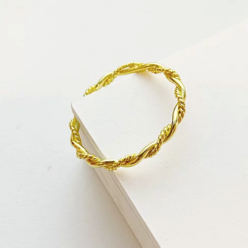 Gold Twisted Ring