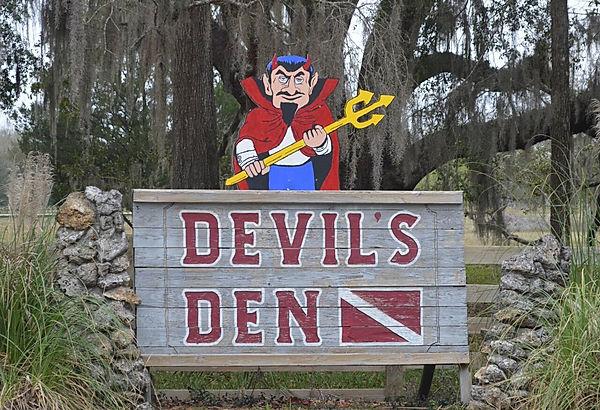 Devils Den 1.jpg