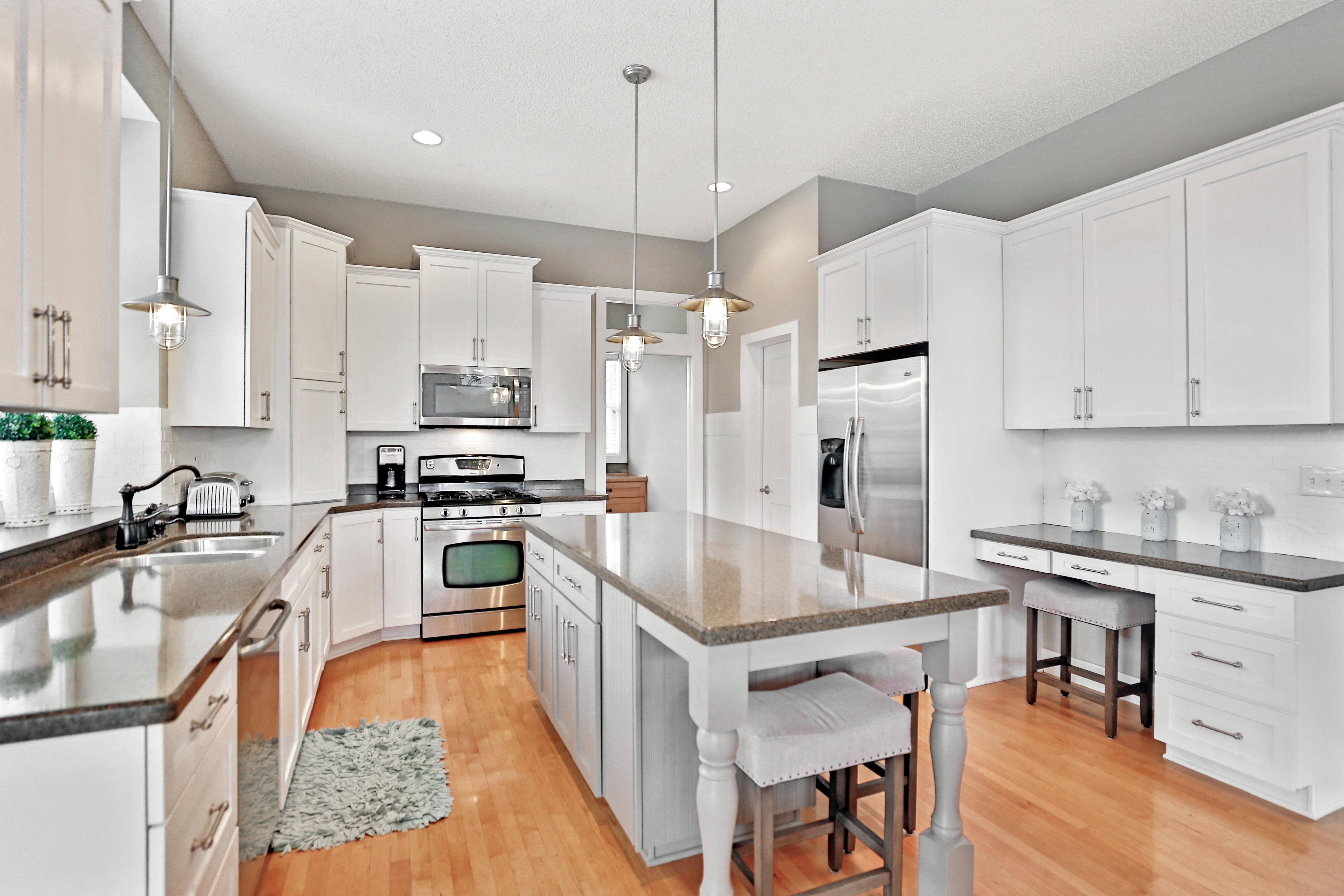 Still Photo White Kitchen