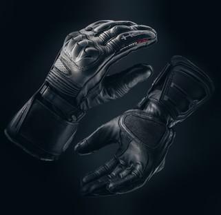 Held Gloves-001.jpg