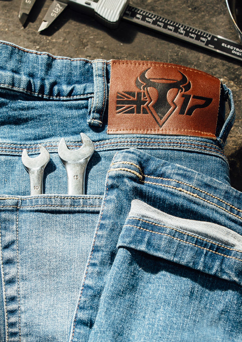 Bull-it FB-022.jpg
