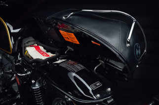 Under seat of BMW R60/5 in black