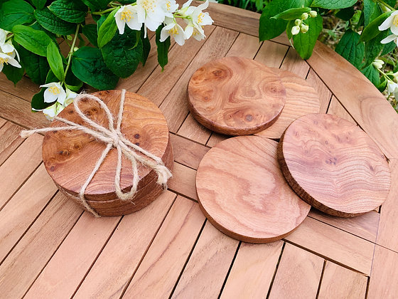 Set of 4 circular Elm drinks coaters