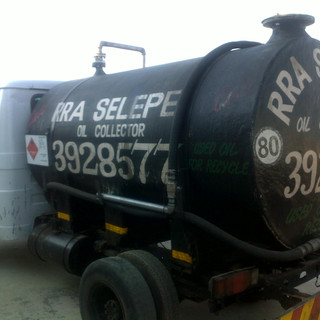 Rra Selepe Truck Used oil collection