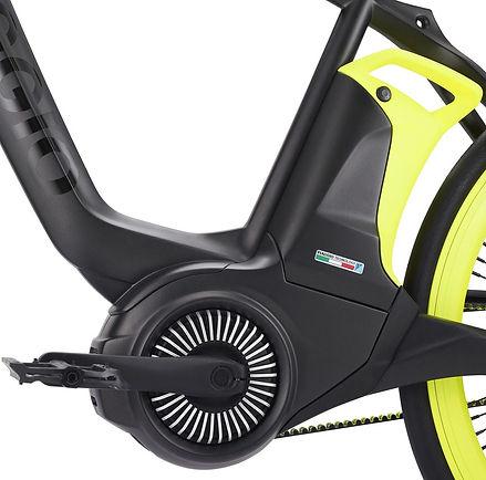 Piaggio-e-bike-04_edited.jpg
