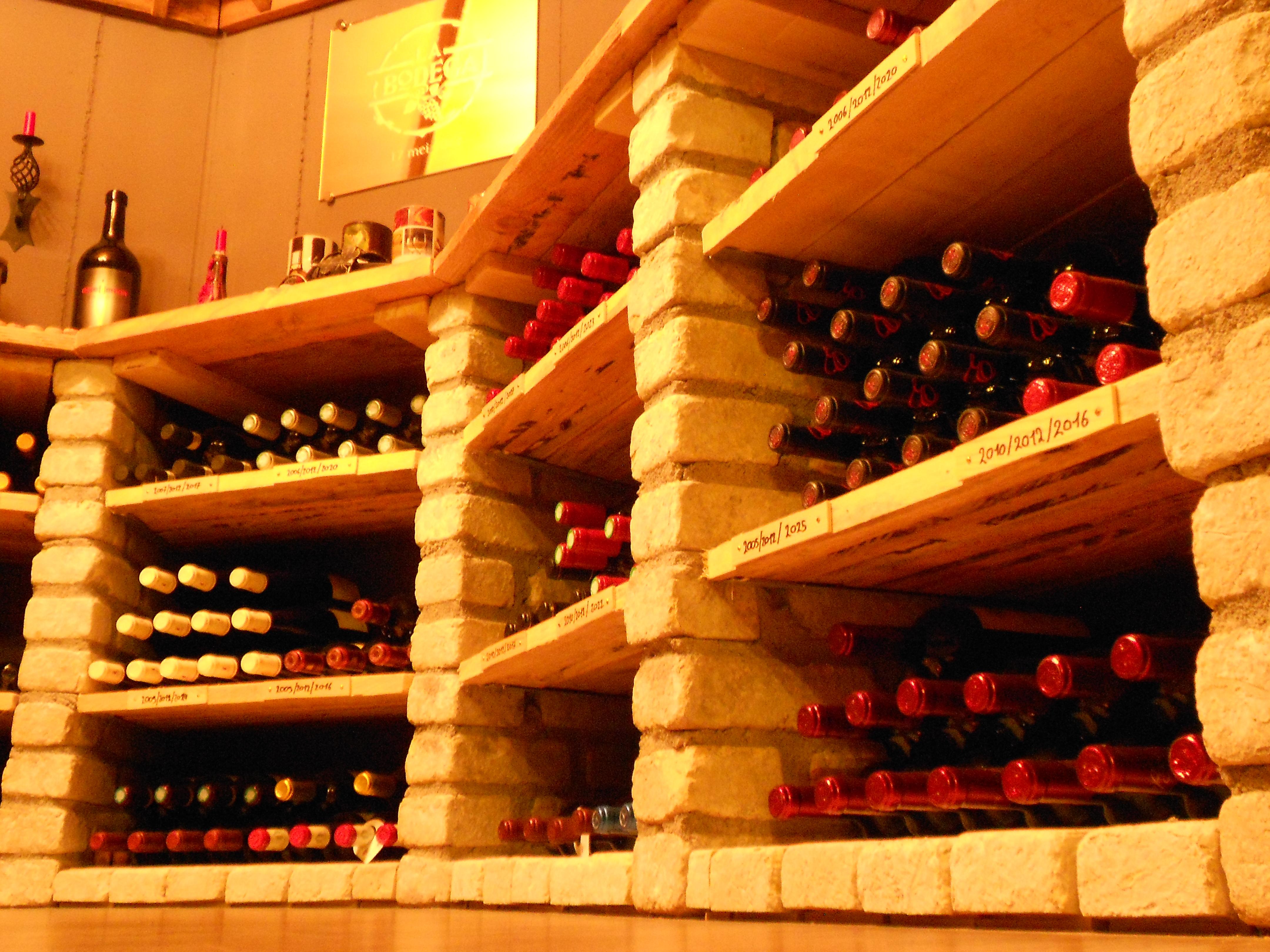 """""""De wijnnissen"""""""