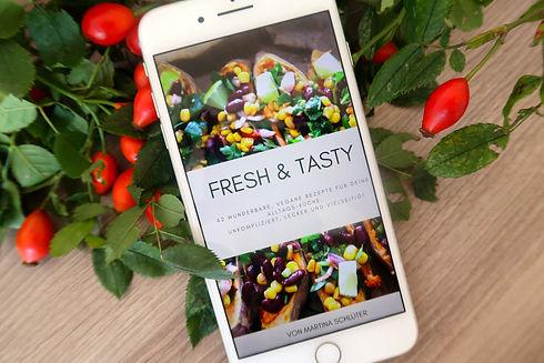 fresh tasty cover vertikal.jpg