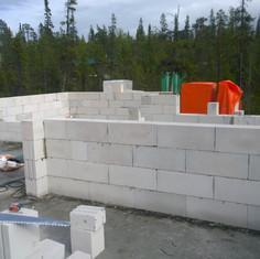 Возведение стен