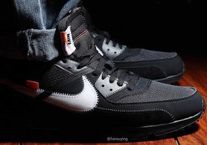 A versão preta do Off White x Nike Air Max 90 será lançada