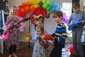 Musical Fun Party Party Party