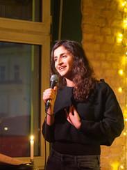 Carmen Chraim Comedian